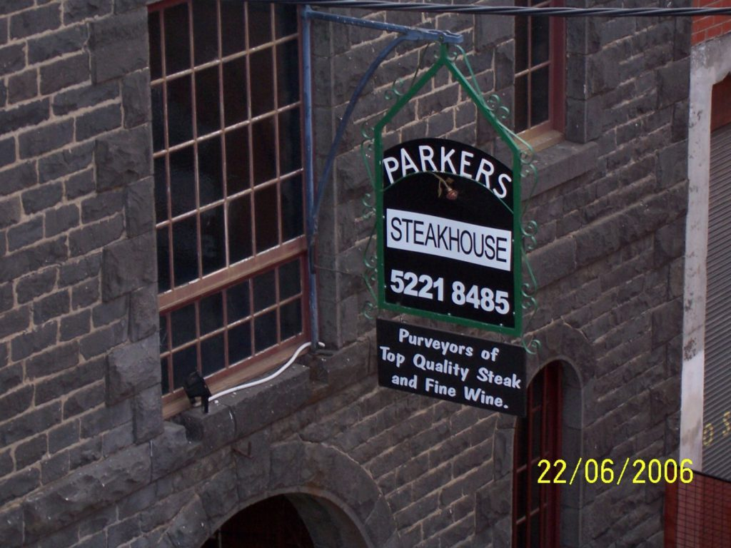 parkers-steakhouse-signboard